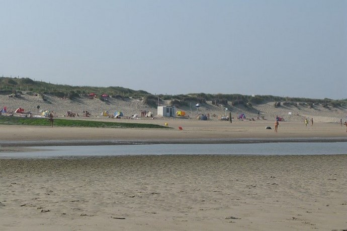 naaktstrand Bredene strand